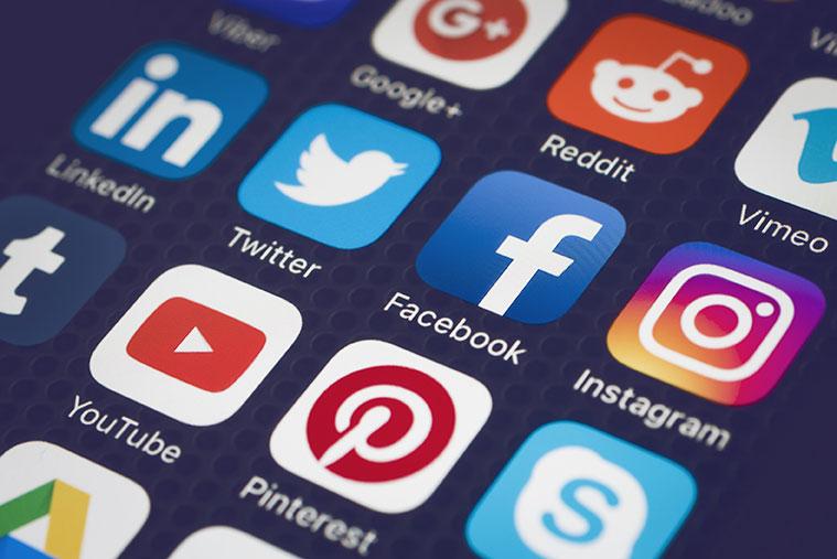 Social Media Icons auf Display
